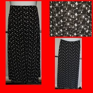 POP of print fab maxi skirt! CLEARANCE sold***